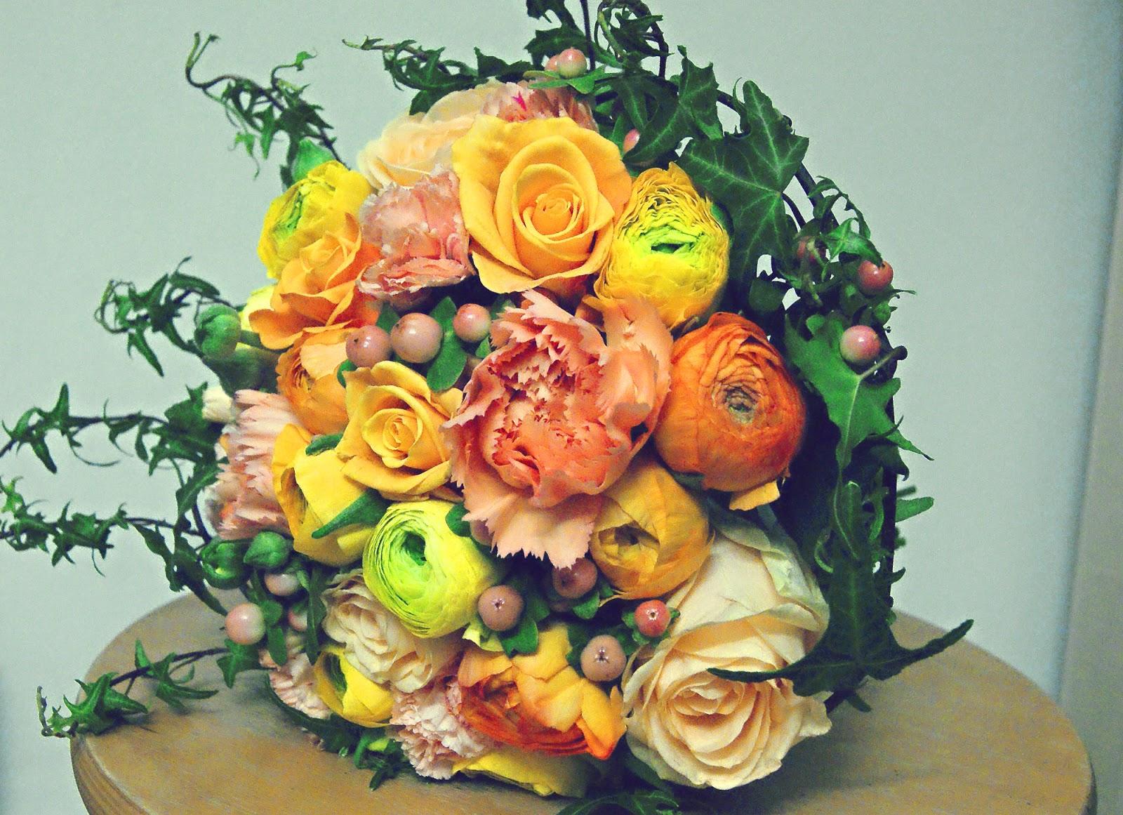 Inspirationsseite von Blattgold  Brautstrau in orange