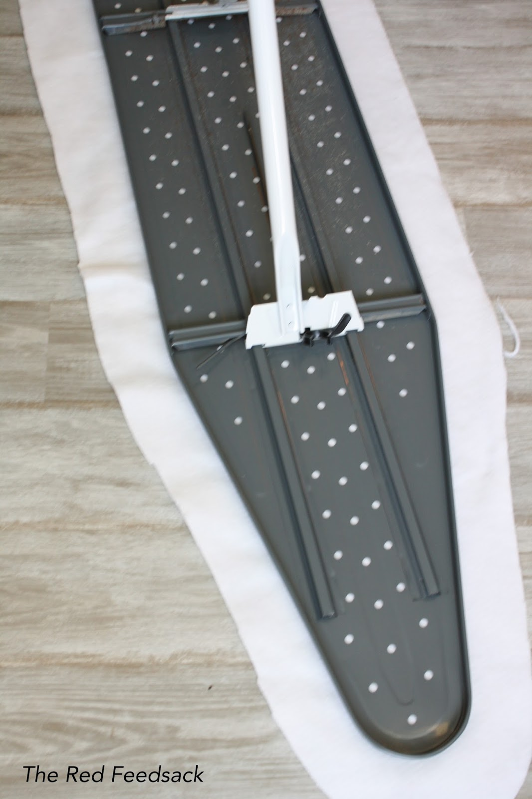 the red feedsack ironing board cover make one. Black Bedroom Furniture Sets. Home Design Ideas