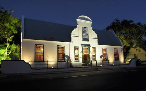 haunted-kitima-restaurant-elsa-cloete