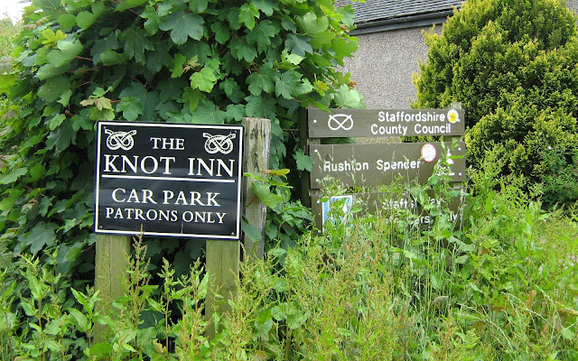 Knot Inn pub sign