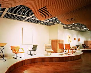 Exposición de Alvar Aalto en la Galeria Axis (1986)