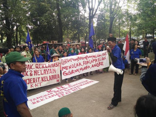 PTUN Jakarta Cabut Izin Reklamasi Pulau K, Nelayan Menangis Bahagia