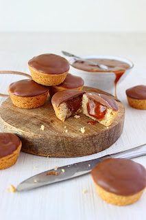 Twix cookie cups