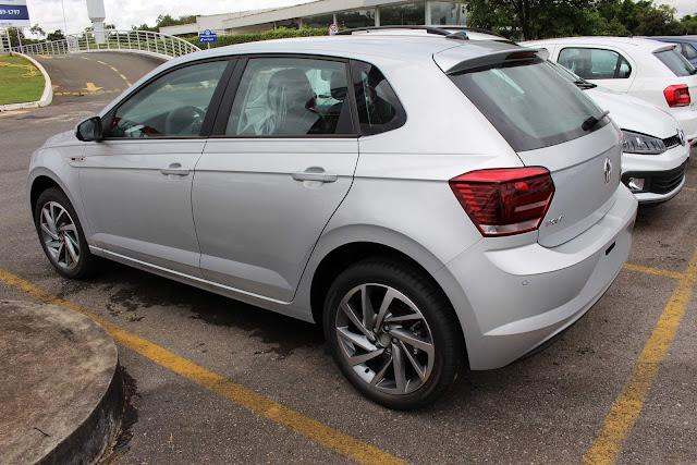VW Polo 2018 200 TSI Automático - prata Sírius