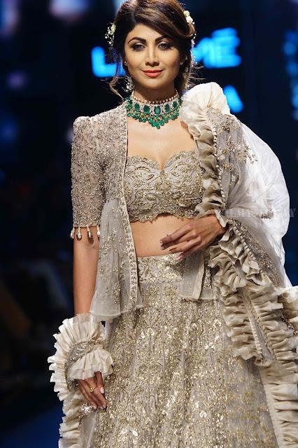 Shilpa Shetty Lakme Fashion Week Hot Picture