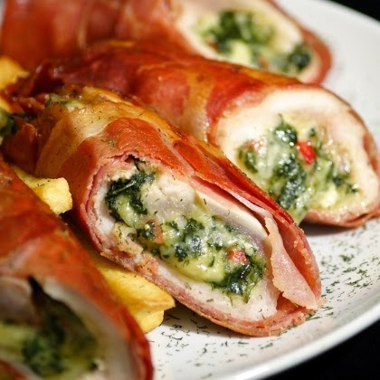 Chicken, Capsicum and Avocado Burrito (non-veg) From Imperial Inn