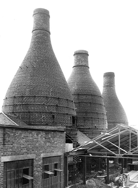 Bottle ovens, 'stack' type, at the Dalehall Works, Nr. Burslem, Stoke-on-Trent.