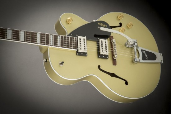 G2420T Streamliner Hollow Body with Bigsby, Golddust