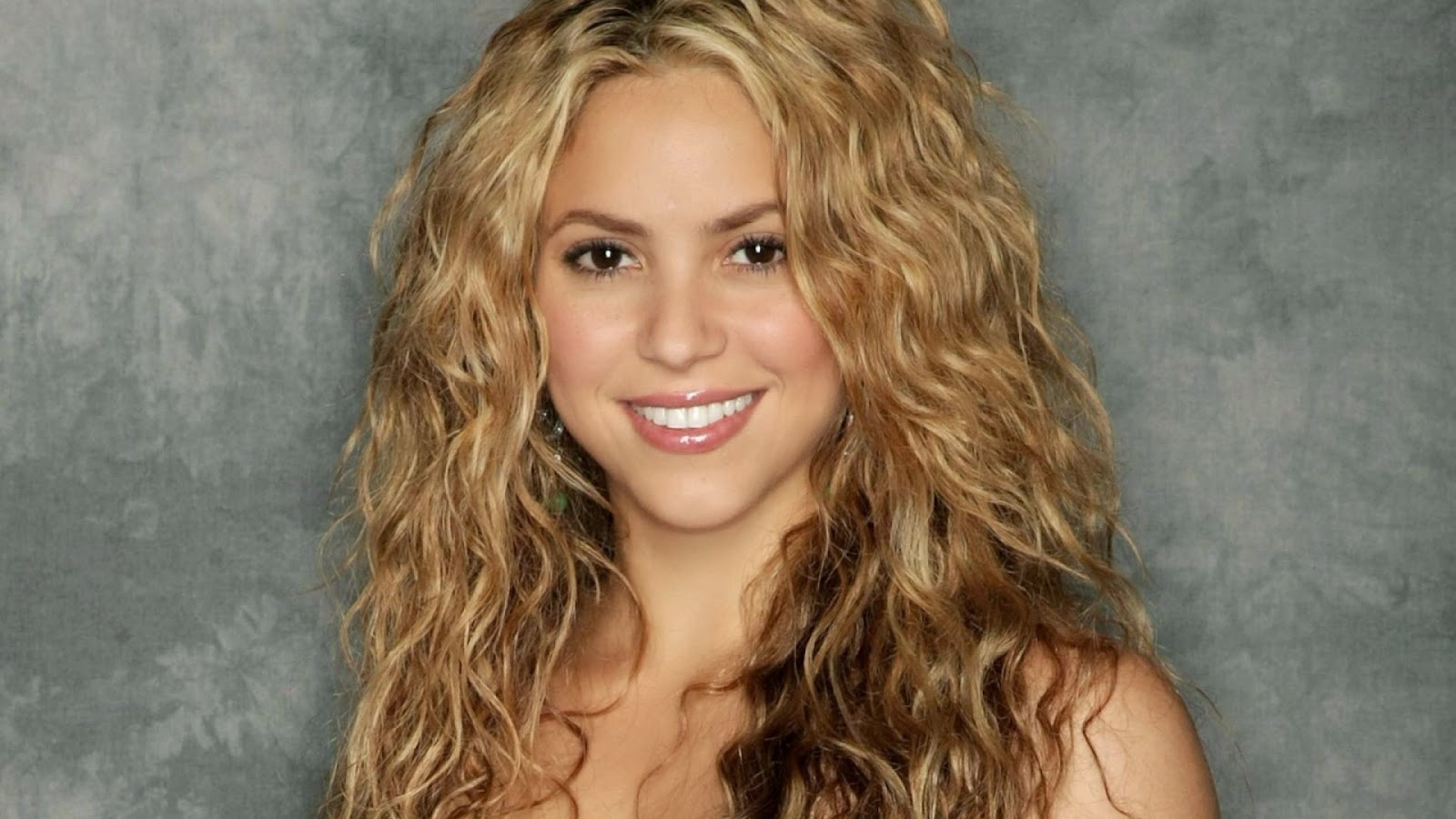 Wallpaper Images With Tamil Quotes Lovable Images Beautiful Shakira Hd Wallpapers Free