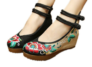 Women's Embroidery Floral Strappy Round Toe Platform Wedges