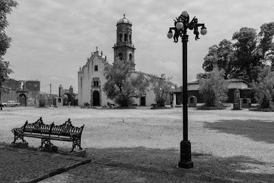 En Tzintzuntzan (Michoacán, México), by Guillermo Aldaya / AldayaPhoto