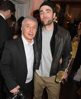 qui est Robert Pattinson datant 2014 vieux spectacles de rencontres
