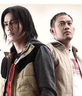 Lirik : Setia Band - Bintang Kehidupan (Cover Nike Ardila)