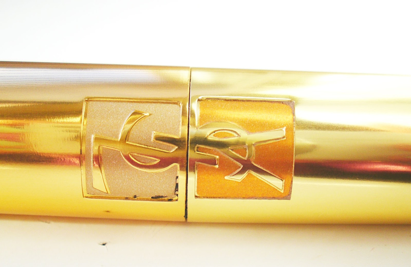 Yves Saint Laurent Shocking Mascara Review Tube