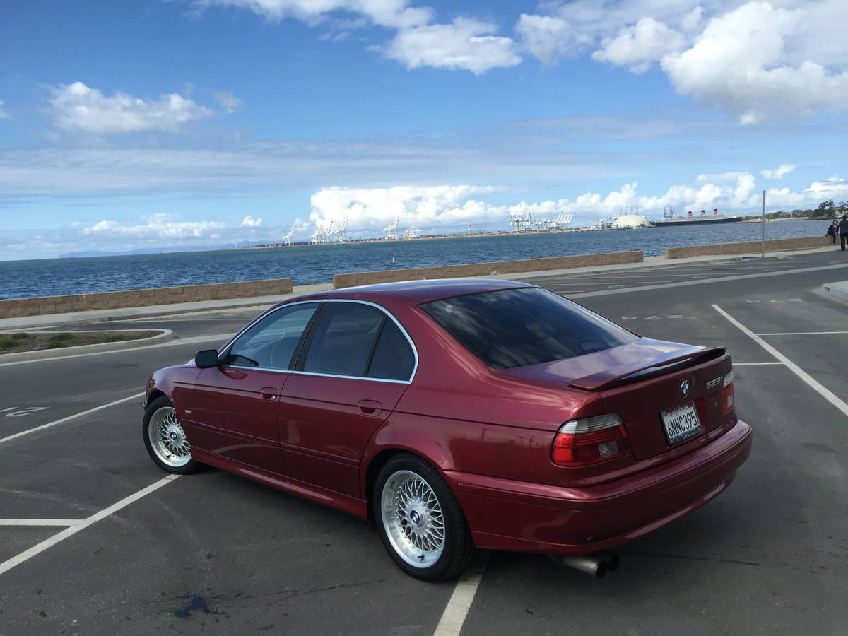 Daily Turismo: 5-Series 5-Speed: 2001 BMW 525i