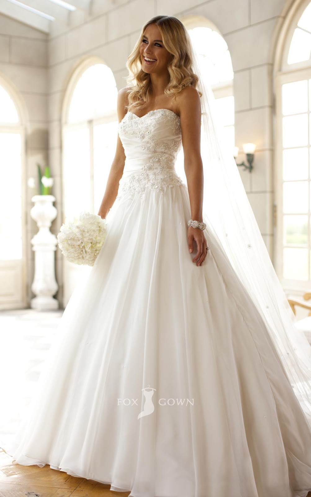 Strapless Wedding Dresses With Bling To Inspire You Living Rooms Gallery