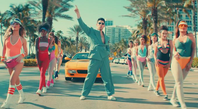 Video: Jonas Brothers - Cool