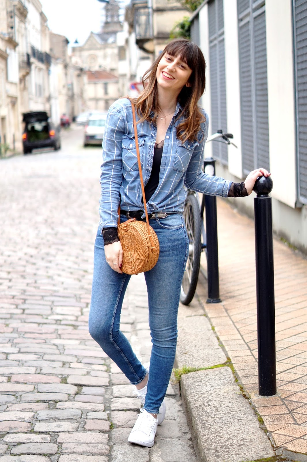 total look jean et body dentelle