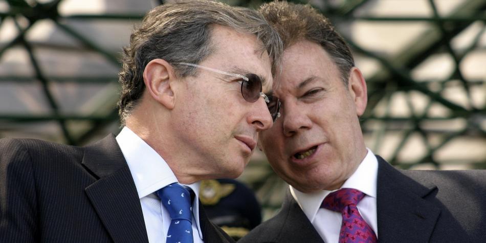 Santos y Uribe se reúnen este miércoles para tratar de destrabar acuerdo con las Farc