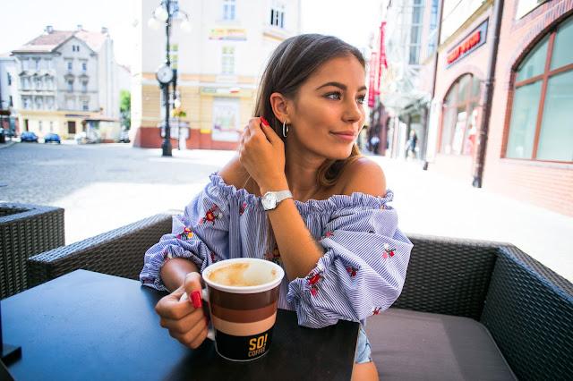 Poniedziałkowa poranna kawa / Trend na lato - paski - Czytaj więcej
