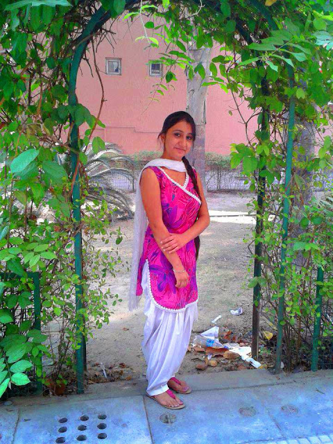 Online Aunty Pictures Punjabi Desi Married Aunty Pictures -3026