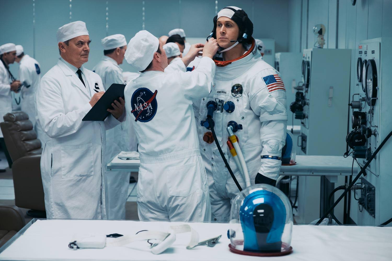 FIRST MAN – EL PRIMER HOMBRE -  Ryan Gosling es Neil Armstrong