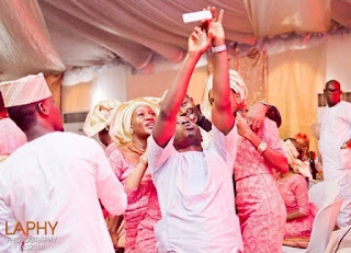 See 7 Of The Most Amazing Choreography We've Seen At Nigerian Weddings (WATCH VIDEOS)