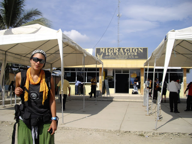 Cruzar Fronteiras - Tumbes (Peru) - Huajilllas (Equador)