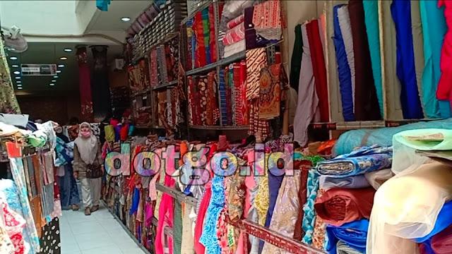 Toko textile Haji syaridin karawang menjual kain dan pakaian murah berkualitas
