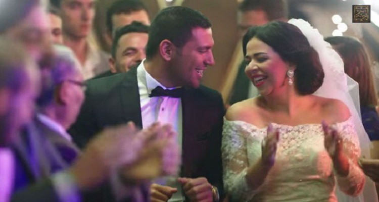 رد خبير التجميل عن تكلفة مكياج إيمى سمير غانم فى زفافها بحسن الرداد