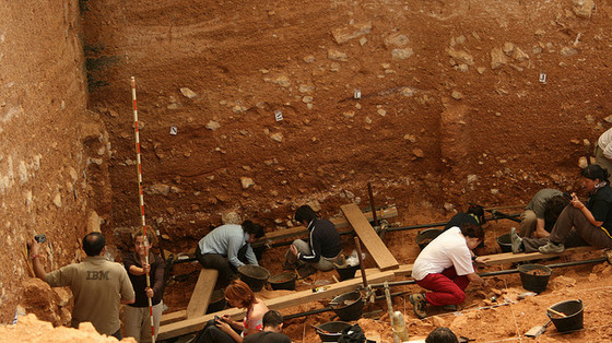 burgos_provincia_paseo_excursion_travel_visita_visit_atapuerca_excavacion_arqueologos