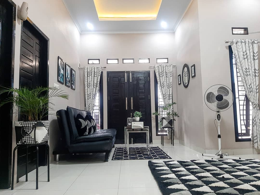 Dekorasi Ruang Tamu Sederhana Tapi Menarik Sakmadyone Com