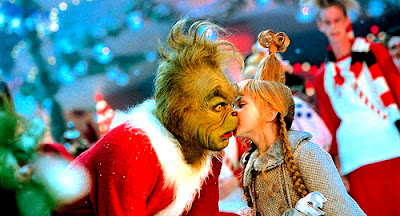 scena bacio Cincy Chi Lou e Grinch
