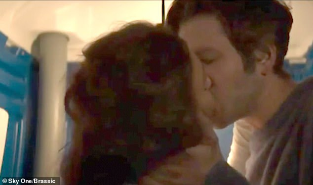 Michelle Keegan leaves supporters flustered  with her VERY racy Portaloo sex scene in Sky's Brassic-olowublog