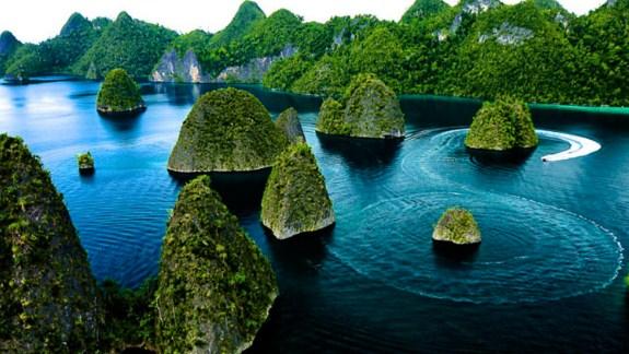 Wisata Pantai Indonesia