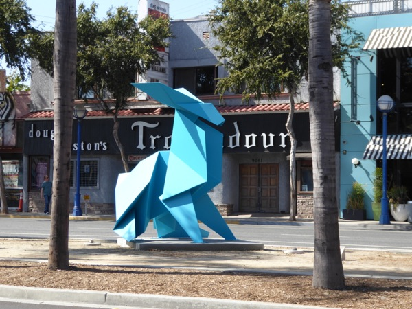 Chase Hacer rabbit sculpture Troubadour