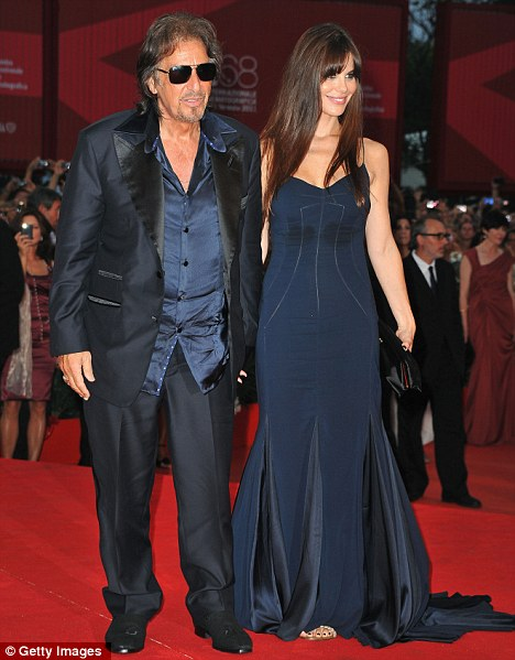 Al Pacino and his young girlfriend | Pacino With His ...