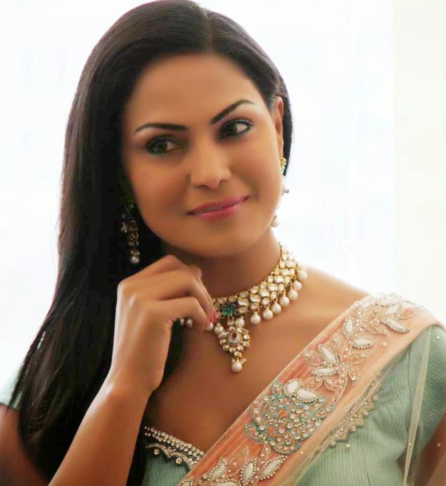 Pakistani Hot Mujra Veena Malik Full Nanga Mujra Videos 2014-2662