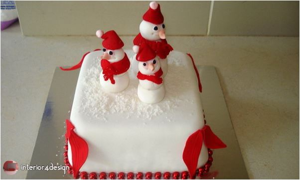 Toppers Galore: Christmas Cake Decorating Ideas