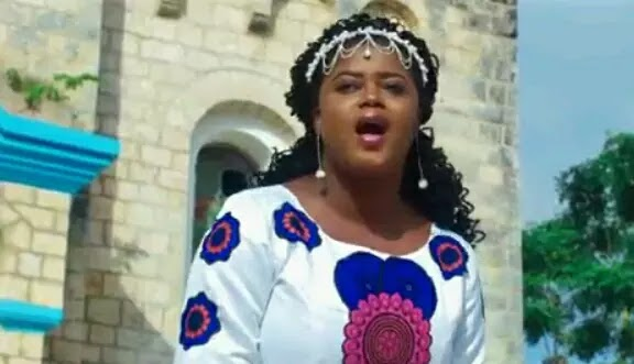 Download Video | Ritha Komba - Nasimama