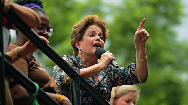 Rousseff: Brasil está siendo vendido por Temer pieza por pieza