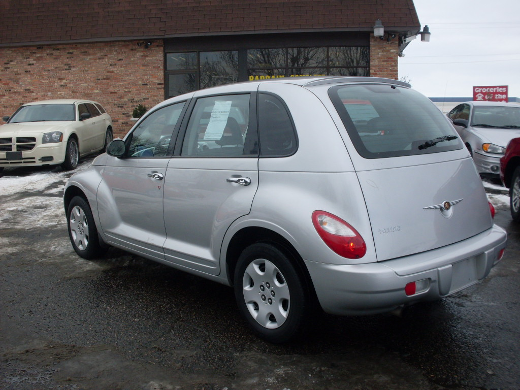 Pt Cruiser Silver on 2006 Hyundai Elantra