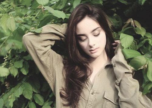 Foto Cantik dan Seksi Gina Al Hadad