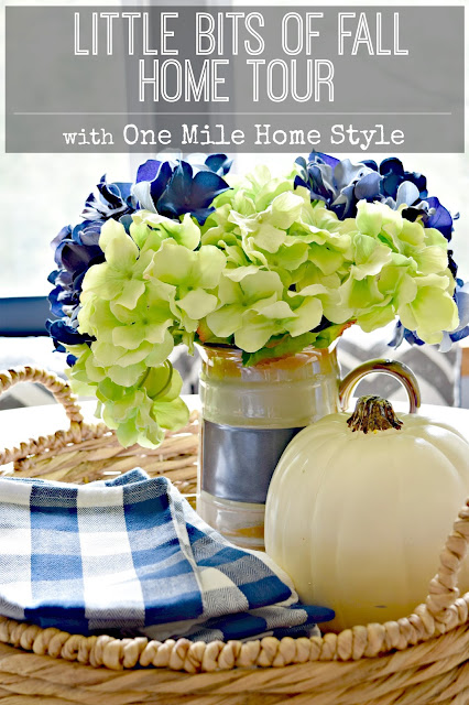 Beautiful fall home tour! Adding little bits of fall decor to make your home beautiful and cozy!