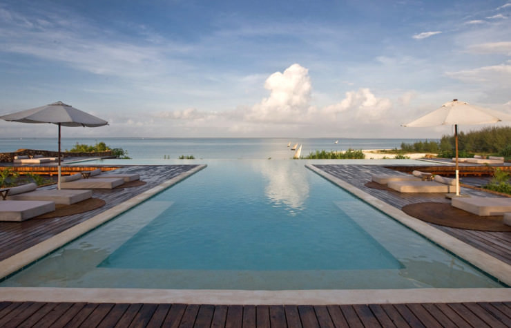 29 Most Amazing Infinity Pools in Pictures - Kilindi Zanzibar, Tanzania