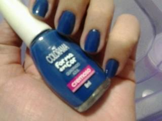 esmalte azul; esmalte colorama; esmalte da linha forma em cor
