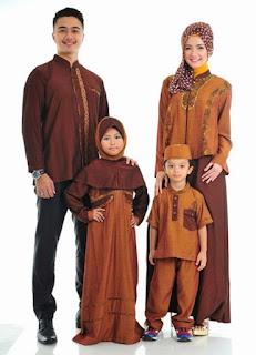 Model Baju Lebaran Keluarga Muslim Batik Anak Dewasa Modern Modis Terbaru