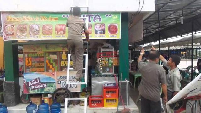 Pasar Puja Sera GOR Lama