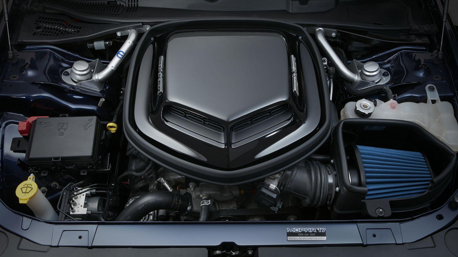 2014 - [Dodge] Challenger SRT - Page 3 2017%2BMopar%2BDodge%2BChallenger%2B-13