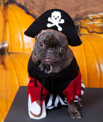 Sombrero de pirata tejido a mano